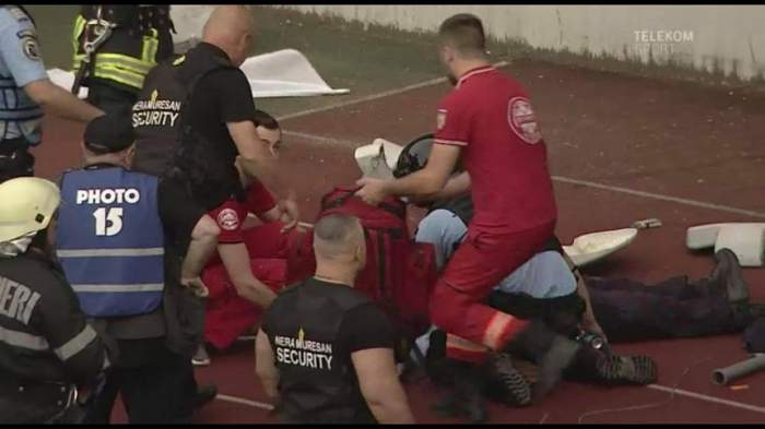 Care este starea jandarmului lovit în cap la finalul unui meci, la Cluj. Diagnostic crunt al medicilor