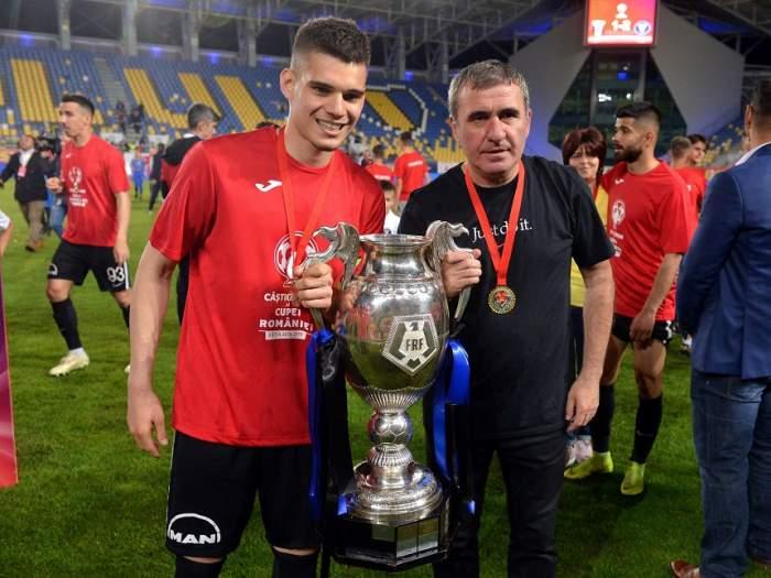 """România U21 – Croaţia U21 / """"Regele"""" pariază pe tineret! """"Să intre cu tupeu! Pot fi peste noi"""". Mesaj tranşant pentru fiul său"""