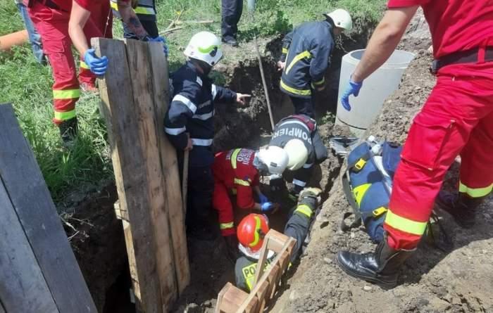 """Accident de muncă în Alba! Un mal de pământ a """"năvălit"""" peste un bărbat"""