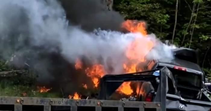Măcel pe autostradă! Șapte motocicliști au murit, după ce o camionetă a intrat pe contrasens