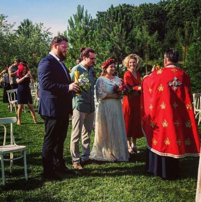 """Nuntă mare în showbiz. Câştigătoarea """"iUmor"""" s-a căsătorit religios cu alesul inimii ei"""