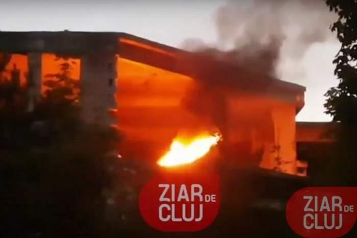Incendiu în Cluj! Flăcările au cuprins ruina Spitalului Regional din Mănăștur. VIDEO