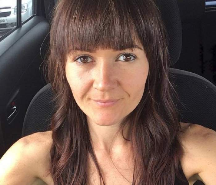 Femeia care a încercat să se vindece de cancer cu o dietă vegană a murit! Renunţase la tratamentul medicilor