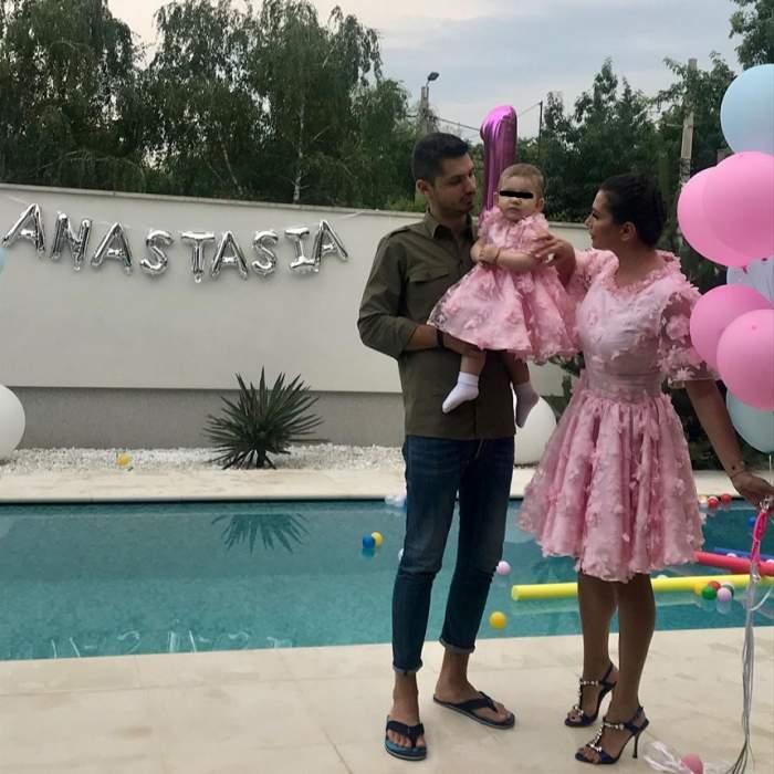 Elena Băsescu i-a făcut ziua fetiței sale, Anastasia! Mama și fiica au purtat rochii asortate. FOTO