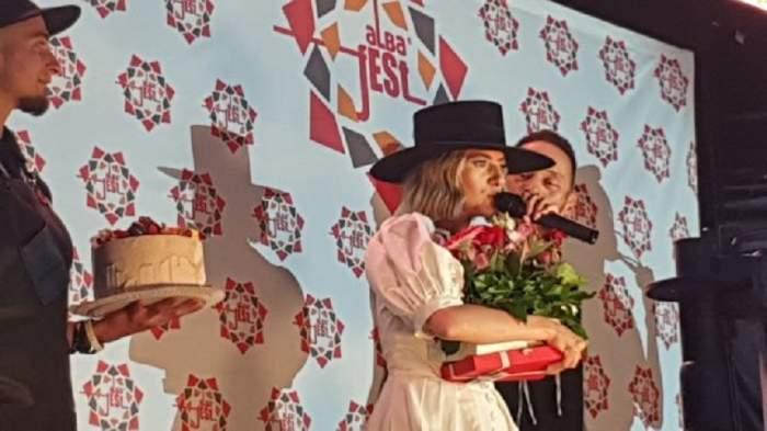 Lidia Buble, sărbătorită la concertul de la Alba Iulia! Iată ce le-a promis artista fanilor săi din Cetate