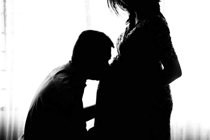 ÎNTREBAREA ZILEI: Ce înseamnă când visezi că eşti însărcinată?