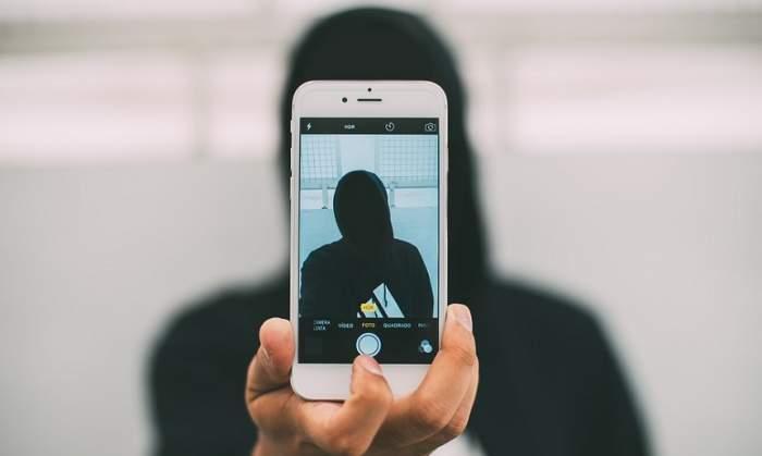 Ai folosit aplicaţia FaceApp? Ai vrut să vezi cum arăţi îmbătrânit? Ţi-au fost luate datele din telefon şi pot fi folosite oricând