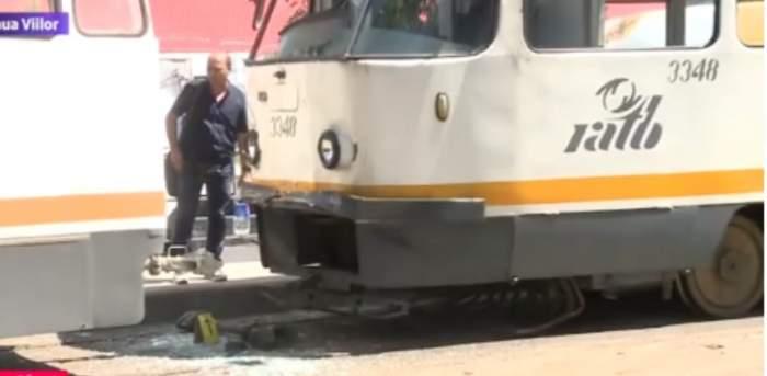 Accident în Capitală! Două tramvaie s-au ciocnit