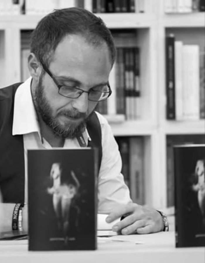 Scriitorul Gabriel Bota, prima reacție după ce a fost bătut de un taximetrist. ''Este pe străzi și transportă persoane''