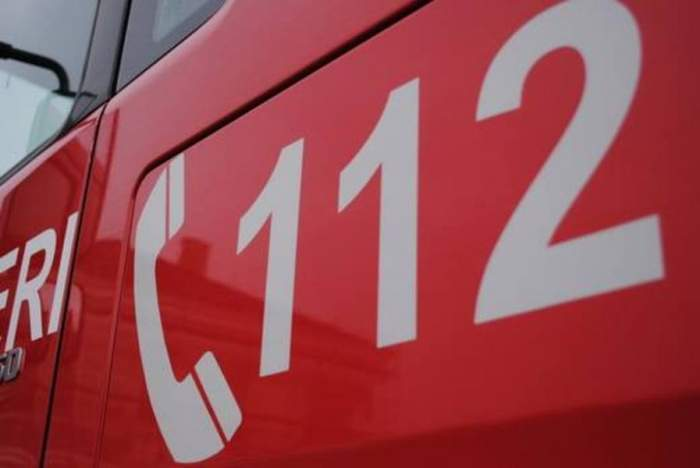 Apel la 112 cu final fericit. Cazul unei adolescente din București, salvată din mâinile unor proxeneți, în nici o oră
