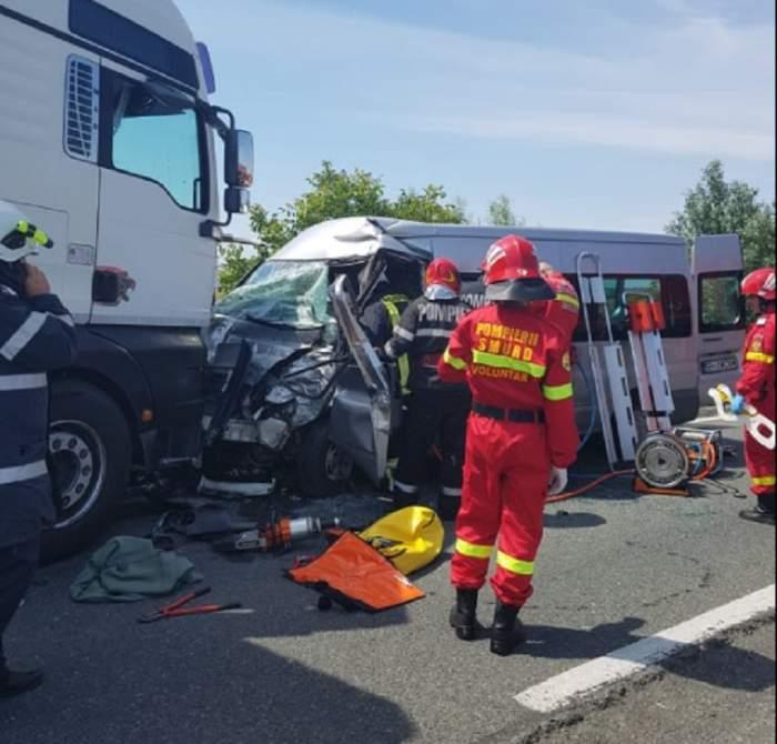 Accident foarte grav în Satu Mare! Impact între un camion, o autoutilitară și un autoturism