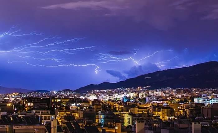 Vremea în București, luni, 8 iulie. Temperaturile scad, se întorc furtunile