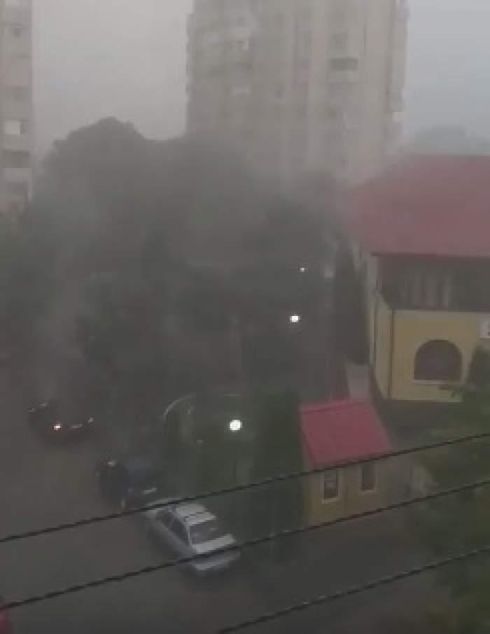 Ploile torențiale au făcut prăpăd în Iași! Imaginile dezastrului. VIDEO