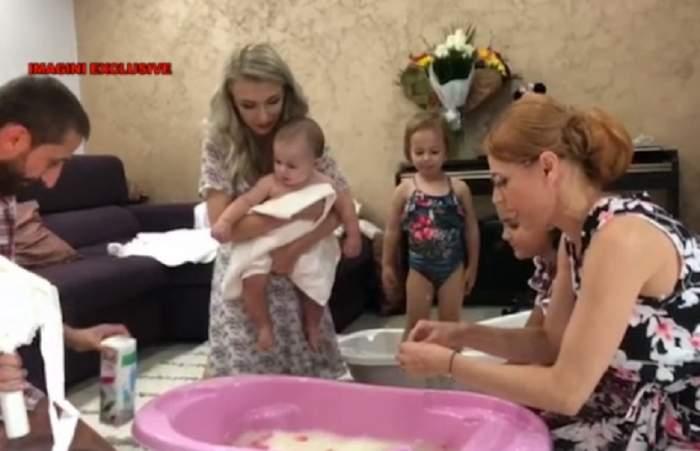 Tradiţie respectată până la capăt! Imagini nemaivăzute de la băiţa fetiţei Andreei Bălan. FOTO