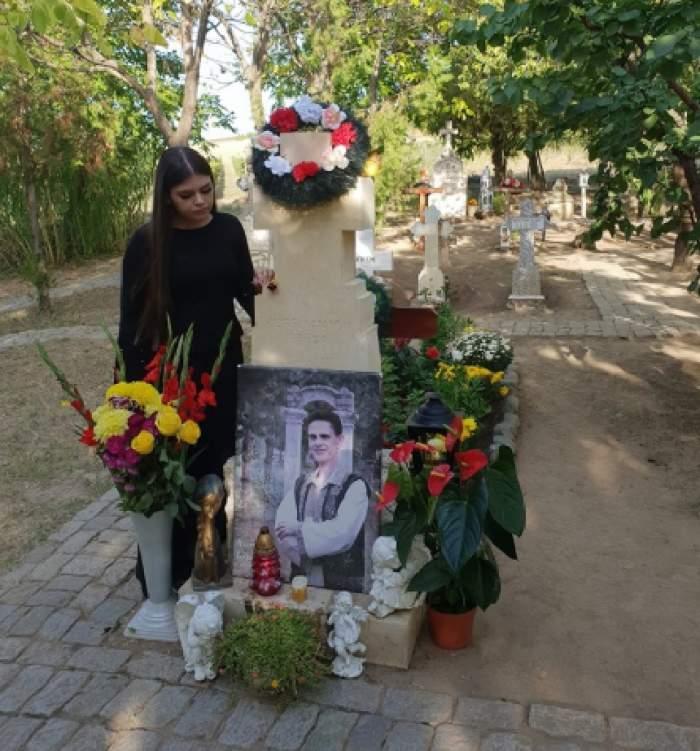 Trei ani fără Aurelian Preda! Mesajul dureros transmis de Anamaria, de lângă mormântul regretatului artist