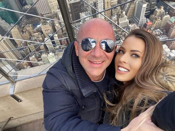 A fost cerută în căsătorie, iar acum deja au plecat în vacanță. Roxana Nemeș și logodnicul său, escapadă pe tărâm american