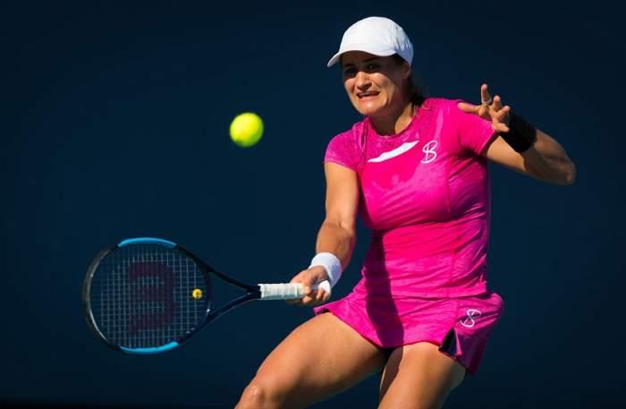 Monica Niculescu a părăsit Australian Open, după un meci de trei seturi cu  Alize Cornet