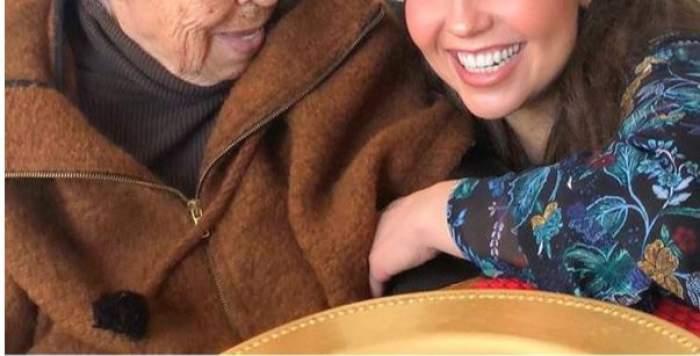 Are o avere impresionantă, însă îşi ţine bunica la azil! Cine e artista care a uitat de familie