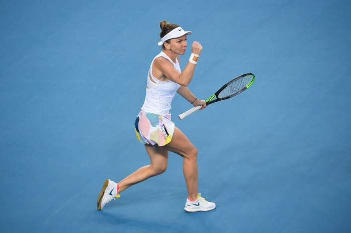 """VIDEO / Prima reacţie a Simonei Halep, după ce s-a calificat în turul III al turneului Australian Open! """"L-am enervat pe Darren"""""""