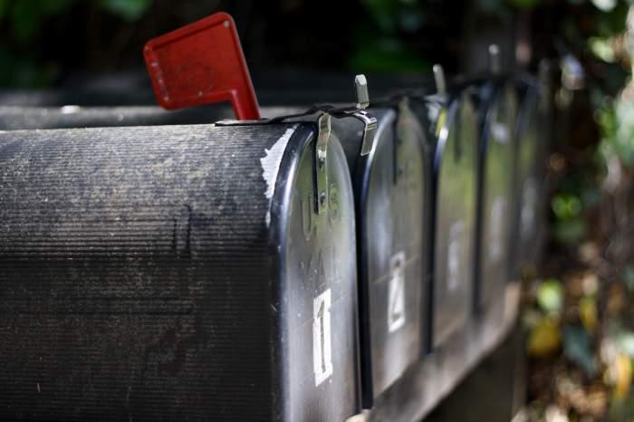 Un poștaș nu a mai livrat nimic din 2003 încoace, pentru că îi era lene. Reacția șefilor