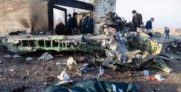 Cine se afla la bordul avionului prăbușit în Iran. Motivul pentru care s-a produs tragedia
