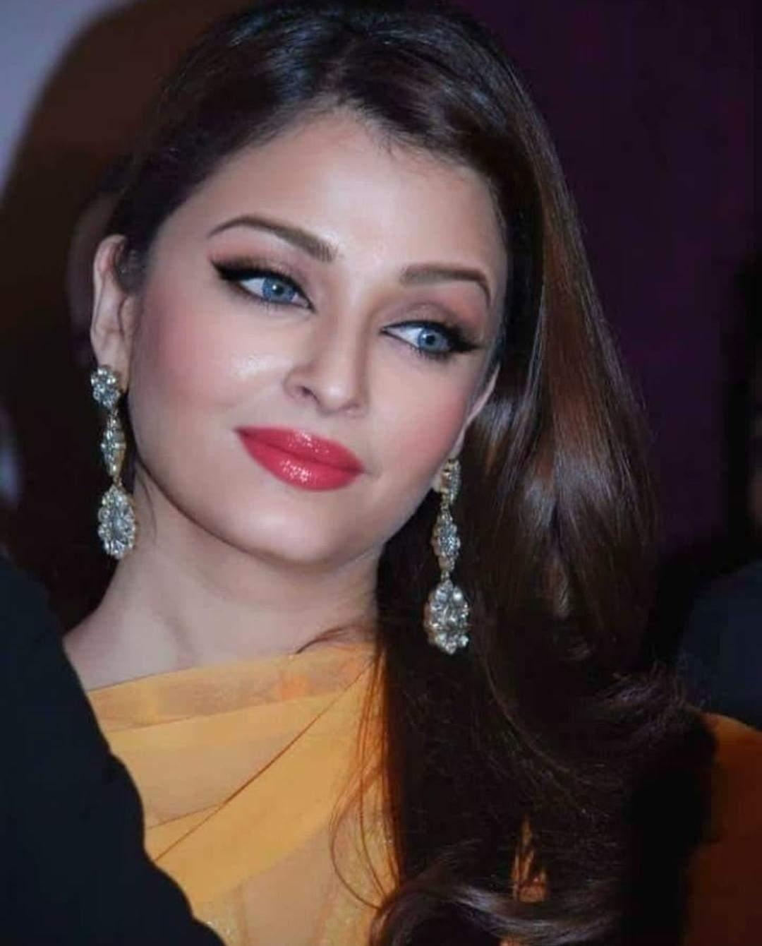 Actriţa indiană Aishwarya Rai Bachchan, diagnosticată cu COVID, a fost spitalizată | techdepo.ro