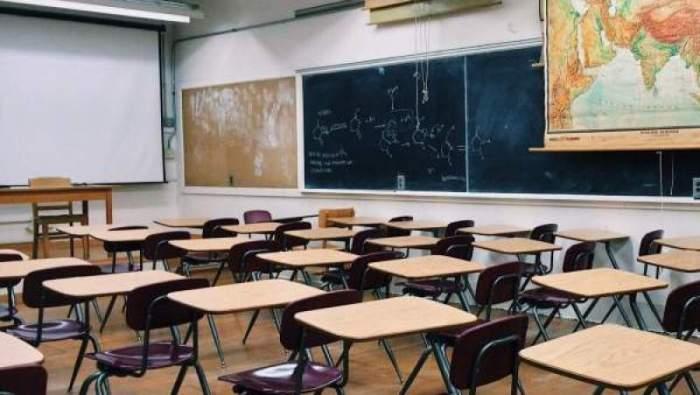 Ai grijă unde stai la cursuri! Locul din sala de clasă are legătură cu riscul de infectare cu coronavirus. Explicația specialiștilor