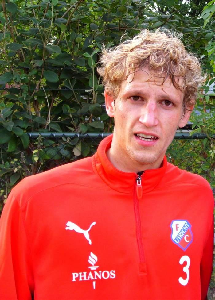 Fotbalistul Mihai Neșu, la Utrecht