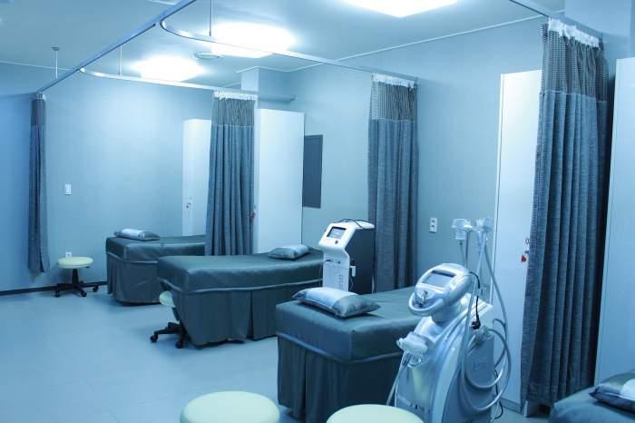 Bolnavii încă netestați care ajung la Spitalul Floreasca sunt izolați în saloane până la primirea diagnosticului