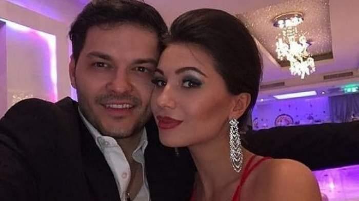 Anda Călin și Liviu Vârciu la un eveniment. El poartă costum negru și ea o rochie roșie.