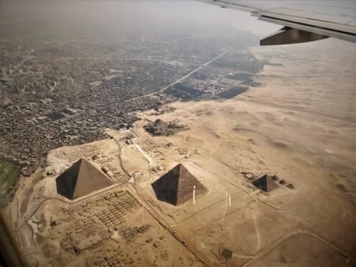 Descoperire șocanta în Egipt! Arheologii au găsit 59 de sarcofage perfect conservate