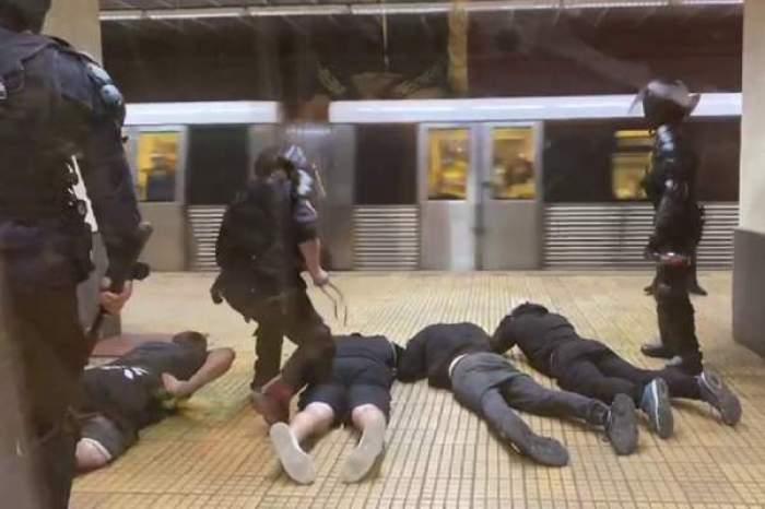 """Marcel Vela spune că intervenția de la metrou """"a fost o măsură preventivă"""". De ce i-au bătut jandarmii pe suporteri"""