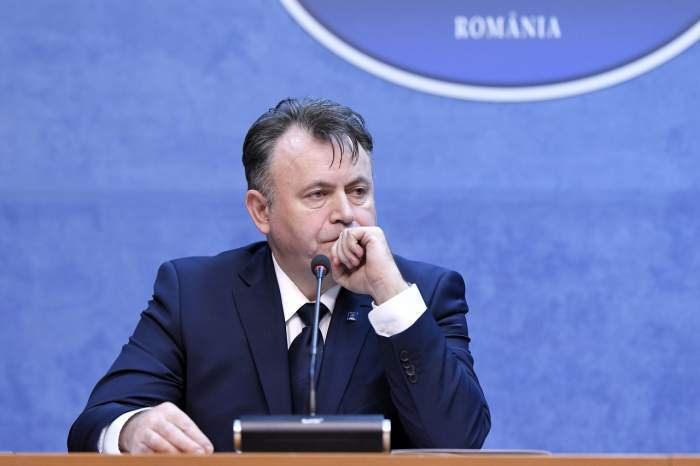 Fotografie cu Nelu Tătaru, în cadrul unei ședințe cu presa
