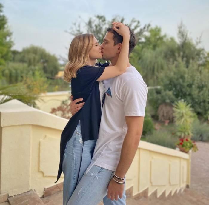"""Vlad Gherman și Cristina Ciobănașu, din ce în ce mai îndrăgostiți odată cu trecerea timpului. """"Dragostea noastră e ca..."""""""