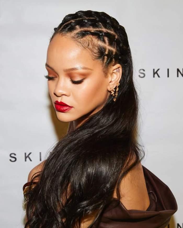 """Rihanna a cerut iertare comunității musulmane. Cu ce a greșit cântăreața: """"Îmi cer iertare pentru această neglijență"""""""