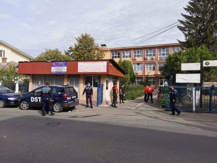 Fotografie de la locul unde un băiat a împușcat alți doi copii