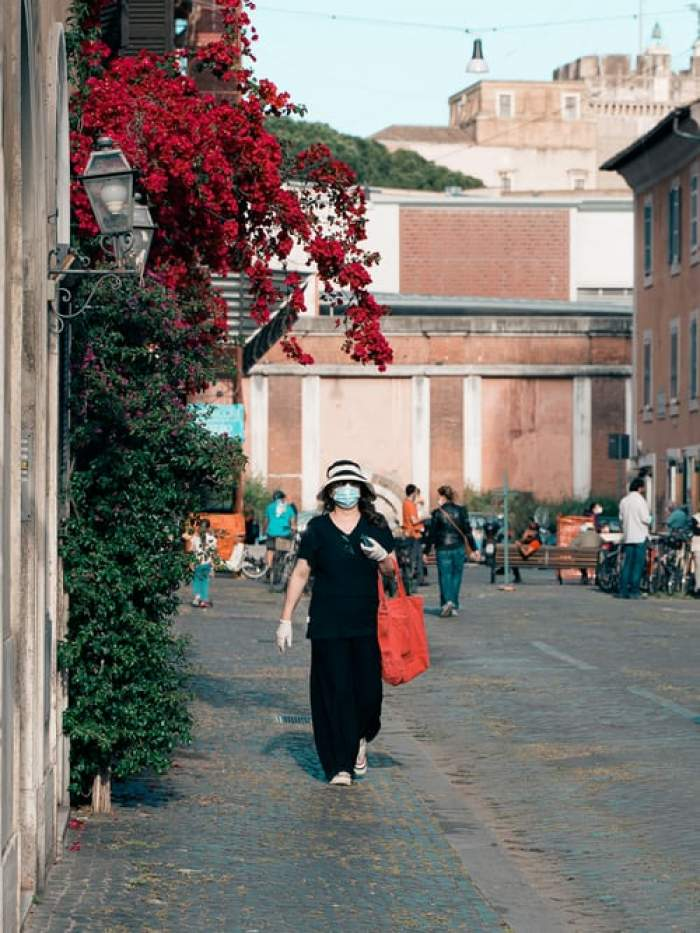 Italia ia măsuri drastice! Masca devine obligatorie în aer liber, în toată țara. Starea de urgență, prelungită până la anul
