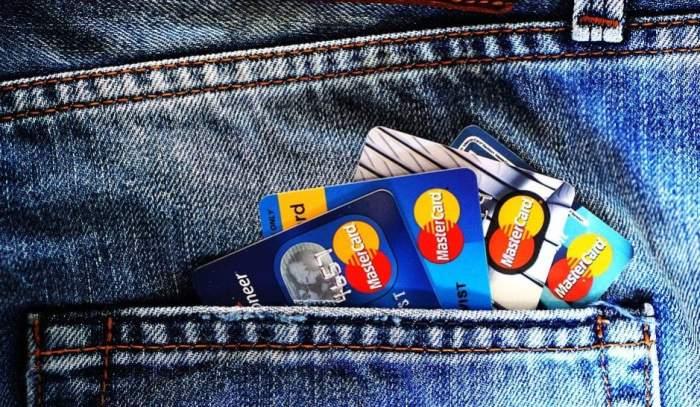Carduri MasterCard!