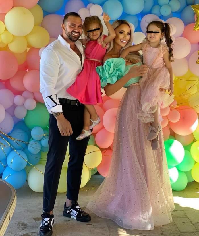 Bianca Drăgușanu și Alex Bodi cu cele doua fetite ale lor.
