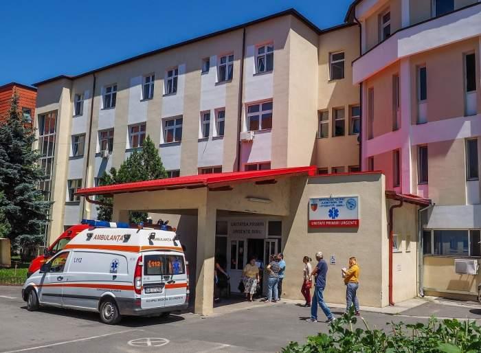 """Un medic ortoped din Sibiu a refuzat să controleze un bolnav cu piciorul fracturat! Care a fost motivul: """"Nu vă este rușine? Nu aveți remușcări?"""""""