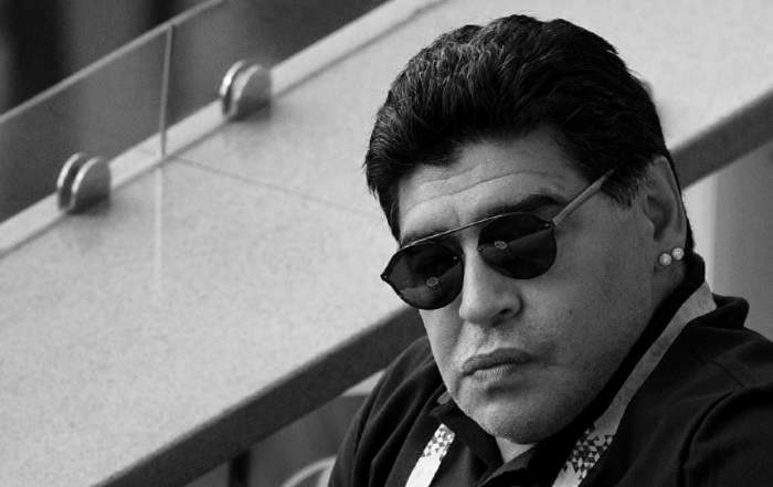 Diego Maradona, imagine alb negru