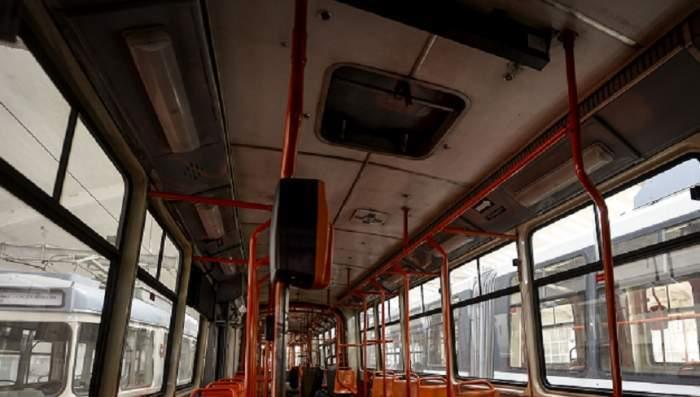 Imagine dintr-un tramvai din București