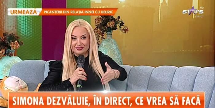 Simona Trașcă se află pe canapeaua de la Star Matinal. Blondina poartă o rochie neagră.