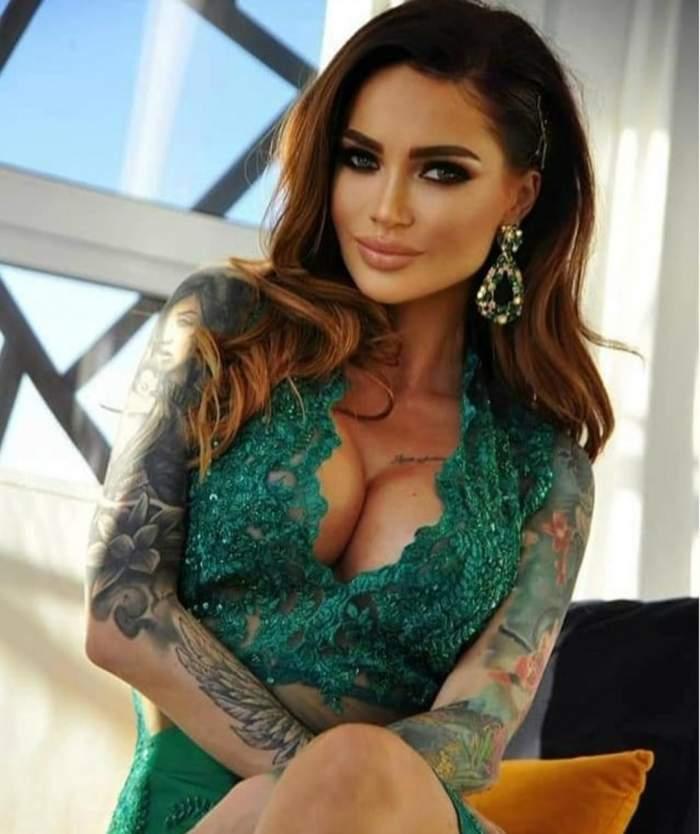 Maria Ilioiu, poze provocatoate lângă brad! Ispita și-a expus silicoanele într-o lenjerie intimă extrem de sexy / FOTO