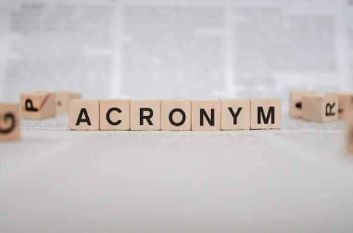 Oamenii folosesc des acronime pentru a scrie mai ușor