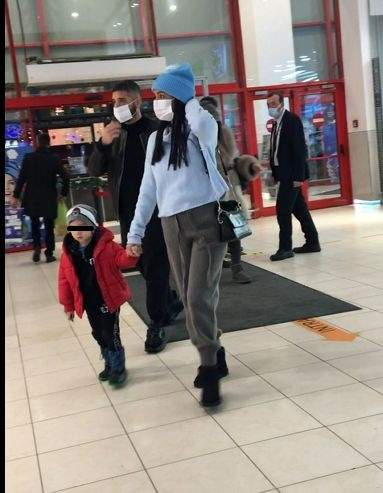 Vinzenzo Castellano, iubita și un copil, surprinși mall în nordul Capitalei