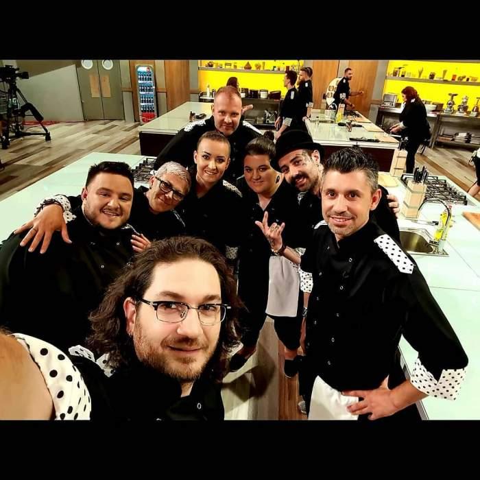 Florin Dumitrescu s-a fotografiat alături de întreaga sa echipă