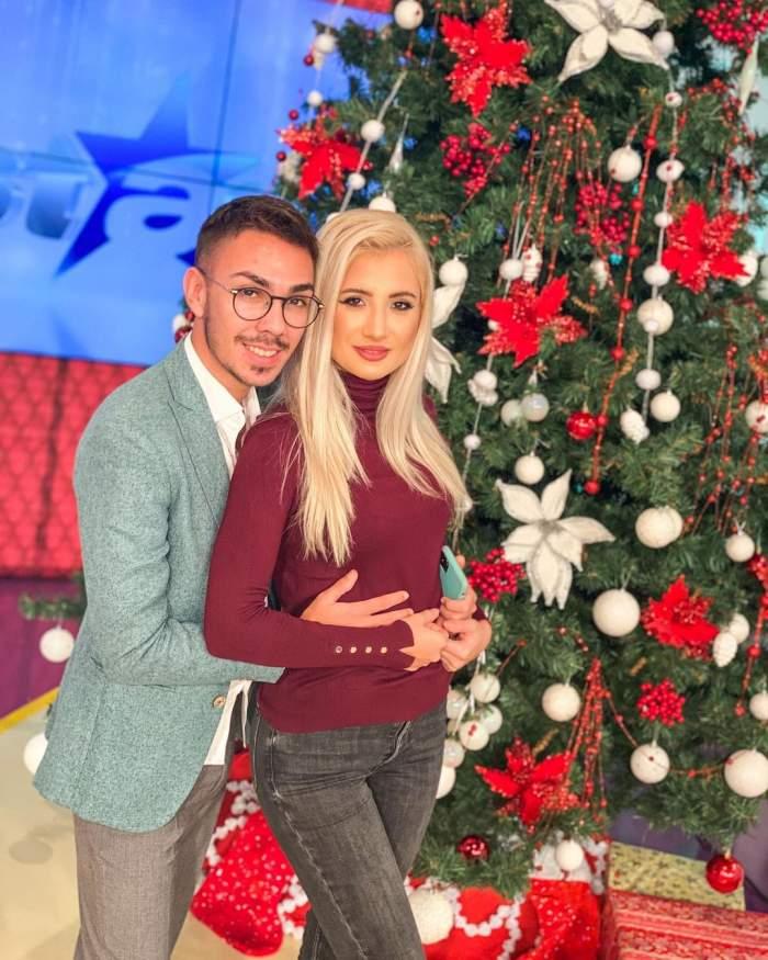 Armin Nicoara o tine in brate pe Claudia Puican, in studio la Antena Stars