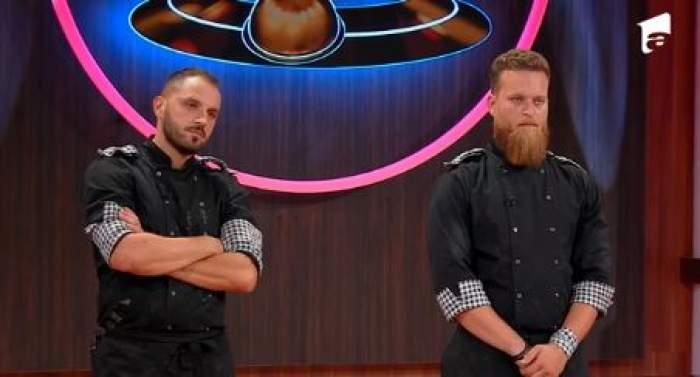 """Paul Maxim și Robert Vasiliu, în platoul emisiunii """"Chefi la Cuțite"""""""