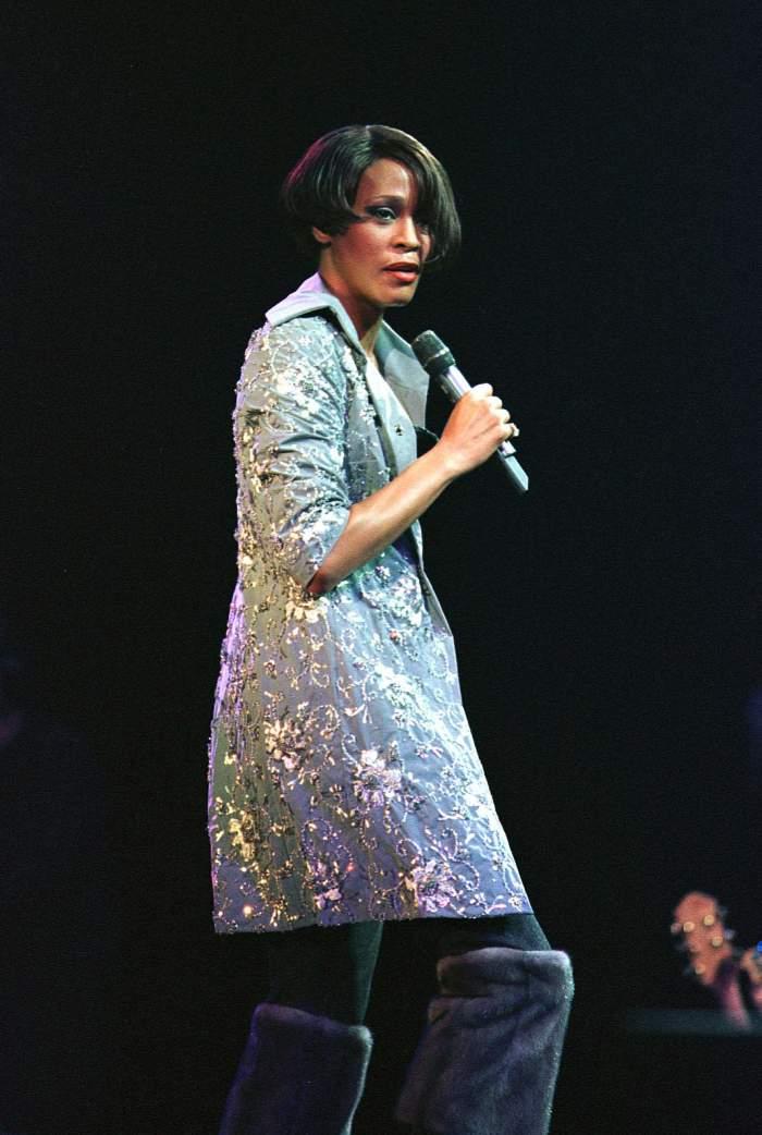 Detalii şocante despre decesul lui Whitney Houston. Autopsia a fost publicată la opt ani de la moartea artistei